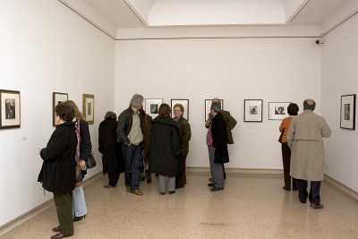Vista parcial. Exposición Rostros y máscaras Fotografías de la Colección Ordóñez-Falcón