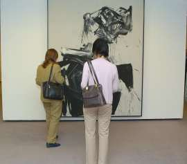 Vista parcial. Exposición Saura, Damas, 2005