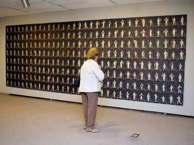 Vista parcial. Exposición la ilustración total (Soz Art) Arte conceptual de Moscú 1960-1990