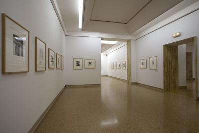 Vista parcial. Exposición Henry Moore Obra gráfica