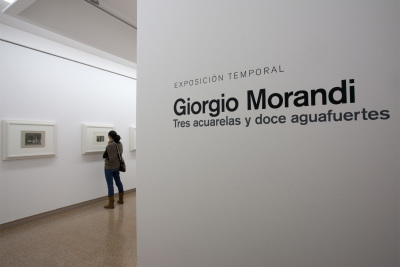 Vista parcial. Exposición Giorgio Morandi: Tres acuarelas y doce aguafuertes