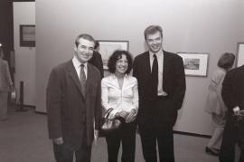 José Jiménez Jiménez, Joanne Berstein y Ian Warrell. Exposición Turner y el mar Acuarelas de la Tate, 2002