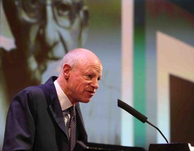 Nicholas Fox Weber. Conferencia inaugural de la Exposición Josef Albers: medios mínimos, efecto máximo
