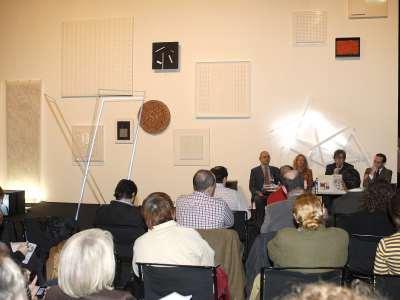 Renate Wiehager, Javier Gomá Lanzón y Manuel Fontán del Junco. Exposición MAXImin Tendencias de máxima minimización en el arte contemporáneo