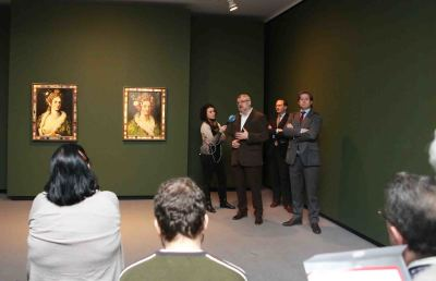 Miguel Falomir, Manuel Fontán del Junco y Javier Gomá Lanzón. Exposición Giuseppe Arcimboldo. Dos pinturas de Flora