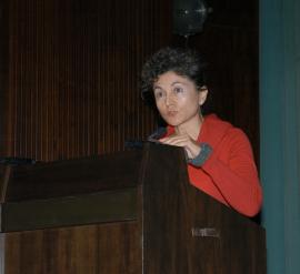 Tonia Raquejo. Conferencia sobre El arte de la tierra: Espacio-tiempo en el Land Art - Medio siglo de Arte , 2005