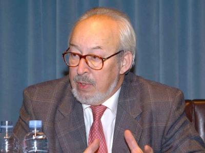 Antonio Gallego Gallego. Conferencia sobre Auditorios, orquestas, conservatorios: El subsuelo de la música - Medio siglo de música en España (1950-2000)