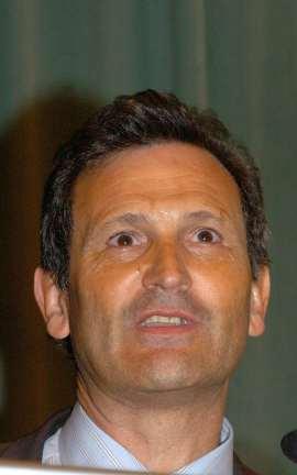 Carlos Martínez Alonso. Conferencia sobre La apoptosis. Esa forma de morir para poder vivir - Medio siglo de Biología , 2005