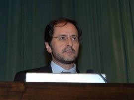 Fernando Rojo. Conferencia sobre Microorganismos al rescate en las Catástrofes medioambientales - Los nuevos retos de la biología: de los Neandertales al Prestige , 2006