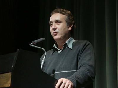 Javier Hernández.. Conferencia sobre Y el mundo marcha - El paso del cine mudo al sonoro