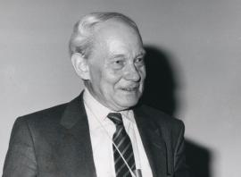 Manfred Eigen. Conferencia sobre The Virus Quasi-Species - La teoría actual de la evolución, 1990