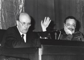 Javier Muguerza y Fernando Savater. Conferencia sobre La infancia recuperada - El pensamiento, hoy , 1994
