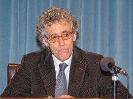 Álvaro Delgado Gal. Conferencia sobre El arte y el mercado - La administración de la belleza. Arte, artistas y museos en perspectiva histórica , 2006