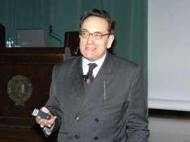 Felipe Fernández-Armesto. Conferencia sobre Problemas y entorno físico - Historia de las Américas , 2008