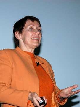 Patricia Seed. Conferencia sobre Oro, plata y petróleo: Tradiciones indígenas y dominio colonial - Historia de las Américas , 2008