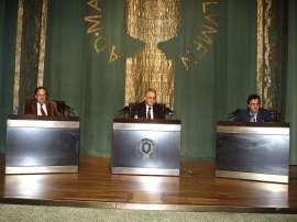 José Carlos Mainer, Santos Juliá y José María Ridao. Mesa redonda con la intervención de José-Carlos Mainer, Santos Juliá y José María Ridao - Manuel Azaña: literatura, ensauo, política, 2008