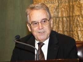 Santos Juliá. Conferencia de Santos Juliá - Manuel Azaña: literatura, ensauo, política, 2008