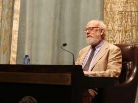 José Luis Peset. Conferencia sobre La polémica de la ciencia española. Menéndez Pelayo contra la Institución Libre de Enseñanza - Las querellas de los historiadores , 2010