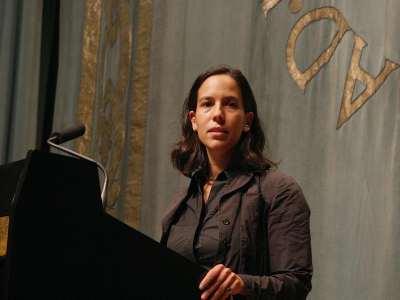 Jimena Canales. Conferencia sobre El amor contemporáneo - Cuatro emociones