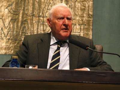 Joseph Pérez. Conferencia sobre Cisneros: el hombre - Cisneros: el hombre y el político. Proyecto de biografías Españoles eminentes
