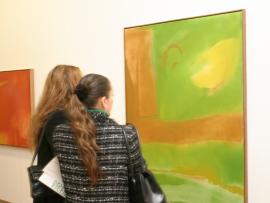 Vista parcial de la exposición Esteban Vicente: Gesto y color, 2004