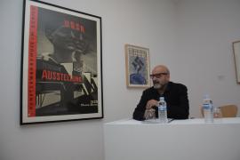 Horacio Fernández. Conferencia sobre Las fotos muestran cosas, los fotomontajes ideas., 2012