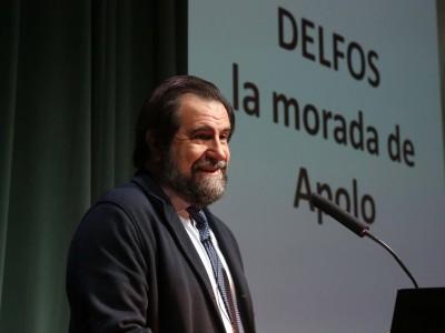Miguel Ángel Elvira Barba. Conferencia sobre Delfos, la morada de Apolo - Historiografía, mito y arqueología. : Las ciudades en la antigüedad mediterránea