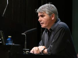 Juan Bonilla. En conferencia sobre Las dos vidas del futurismo - El futurismo y Depero , 2014