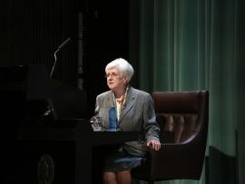 Carmen Vaquero. En conferencia sobre Garcilaso: nueva biografía amorosa - Garcilaso de la Vega: su vida, su obra, su tiempo , 2014