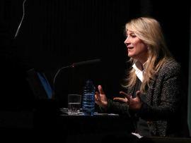 Joana Bonet. En conferencia sobre Coco Chanel. La escalera de caracol - Coco Chanel. La escalera de caracol , 2014