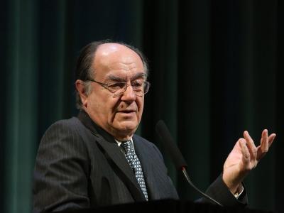 José María Luzón. En conferencia sobre Itálica: una visión historiográfica - Las ciudades en la antigüedad mediterránea