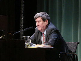 Juan Manuel Bonet. En conferencia sobre Atlas déco - Universo déco , 2015