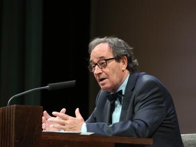 Florentino García Martínez. En conferencia sobre El contenido de los manuscritos de Qumrán - Manuscritos del Mar Muerto