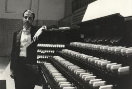 Ramón González de Amezúa. Ciclo de conciertos de Música española para órgano , 1976