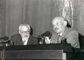 Antonio Gallego Gallego y José Hierro. Conferencia sobre Experiencia de sombra y música - Poesía y música , 1997