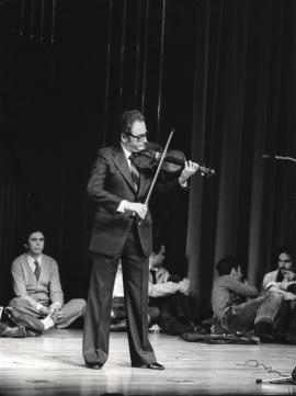 Agustín León Ara. Concierto J. S. Bach: sonatas y partitas para violín solo , 1978