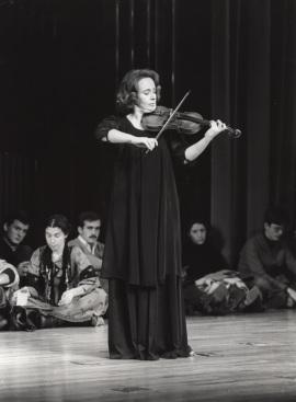 Polina Kotliarskaya. Concierto J. S. Bach: sonatas y partitas para violín solo , 1978