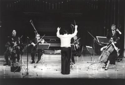 Concierto del compositor brasileño Marlos Nobre, al piano, junto con el Grupo Koan