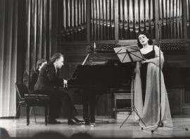 Ana Higueras y Miguel Zanetti. Concierto II Ciclo de música española del siglo XX , 1979