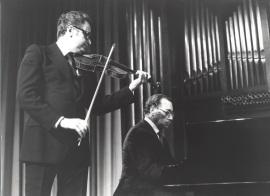 Agustín León Ara y José Tordesillas. Concierto Ciclo completo de sonatas para violín y piano de Beethoven , 1980