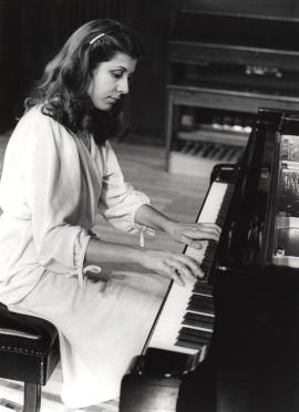 Carmen Deleito. Recital de piano , 1980