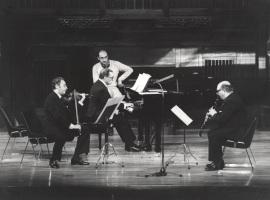Agustín León Ara, José Tordesillas y Carmelo Bernaola. Concierto Béla Bartok , 1981
