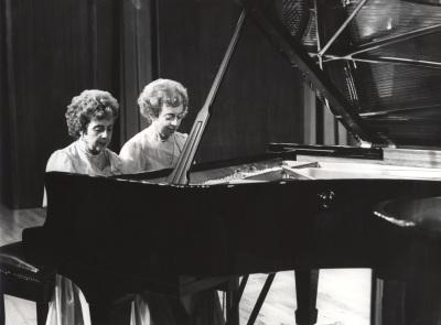 Agustina Palaviccini y Josefa Palaviccini. Recital de dúo de pianos