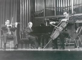 Trío Mompou. Concierto Trío (Homenaje a César Franck en el centenario de su muerte) de Ángel Oliver - Aula de (Re)estrenos [10] , 1991