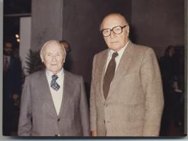 Joan Miró y Pierre Matisse. Exposición Henri Matisse Óleos, dibujos, gouaches découpées, esculturas y libros, 1980