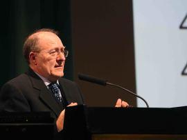 José Luis Villacañas. En conferencia sobre Una historia del poder en España: prácticas, hábitos y estilos políticos , 2014