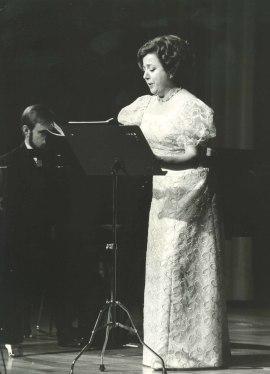 Fernando Turina y Josefina Cubeiro. Concierto La escuela de Viena , 1983