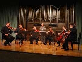 Cuarteto de Leipzig, Stefan Arzverger, Tilman Büning, Ivo Bauer, Matthias Moosdorf, Cristina Pozas y Miguel Jiménez. Concierto Carta Blanca a Cristóbal Halffter - Aula de (Re)estrenos (75) , 2009