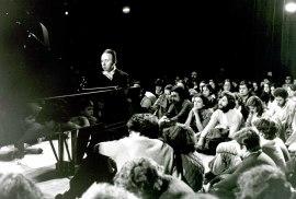 Juan Antonio Álvarez Parejo, al piano. Concierto Sonatas para violín y piano de Mozart, 1984