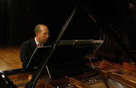 Alberto Rosado. Concierto 25 años de música española contemporánea - Aula de (Re)estrenos (82) , 2011